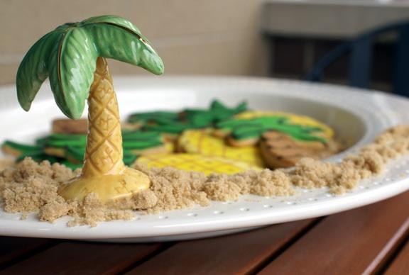 Web_palm sand